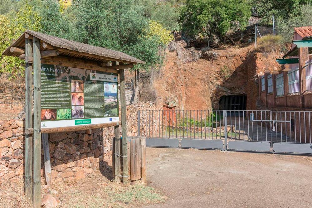 Excursiones a la mina Pastora en Aliseda
